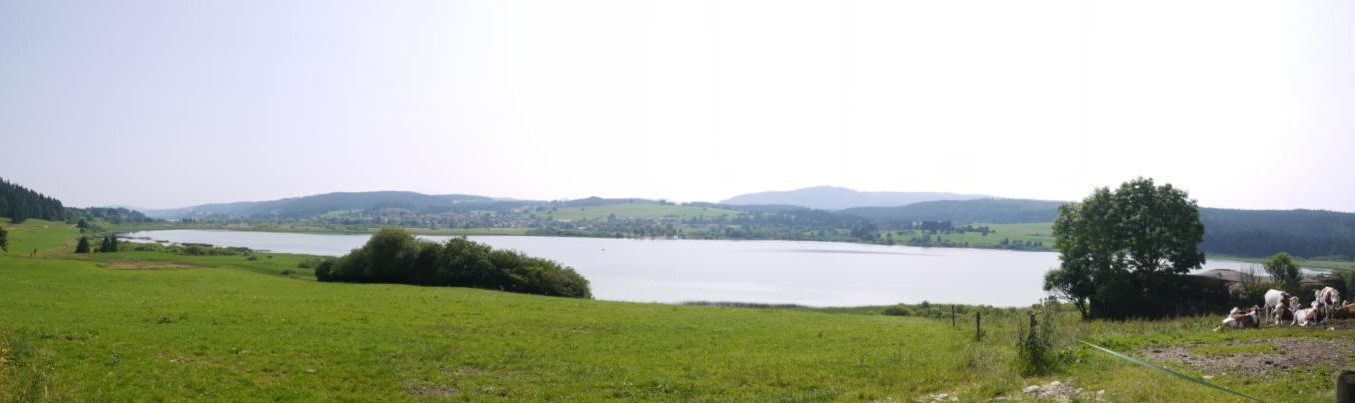 Panorama du lac de Remoray